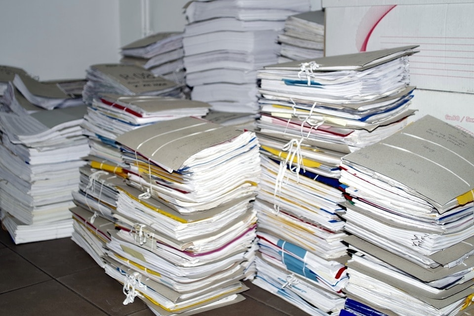 Piled up files image